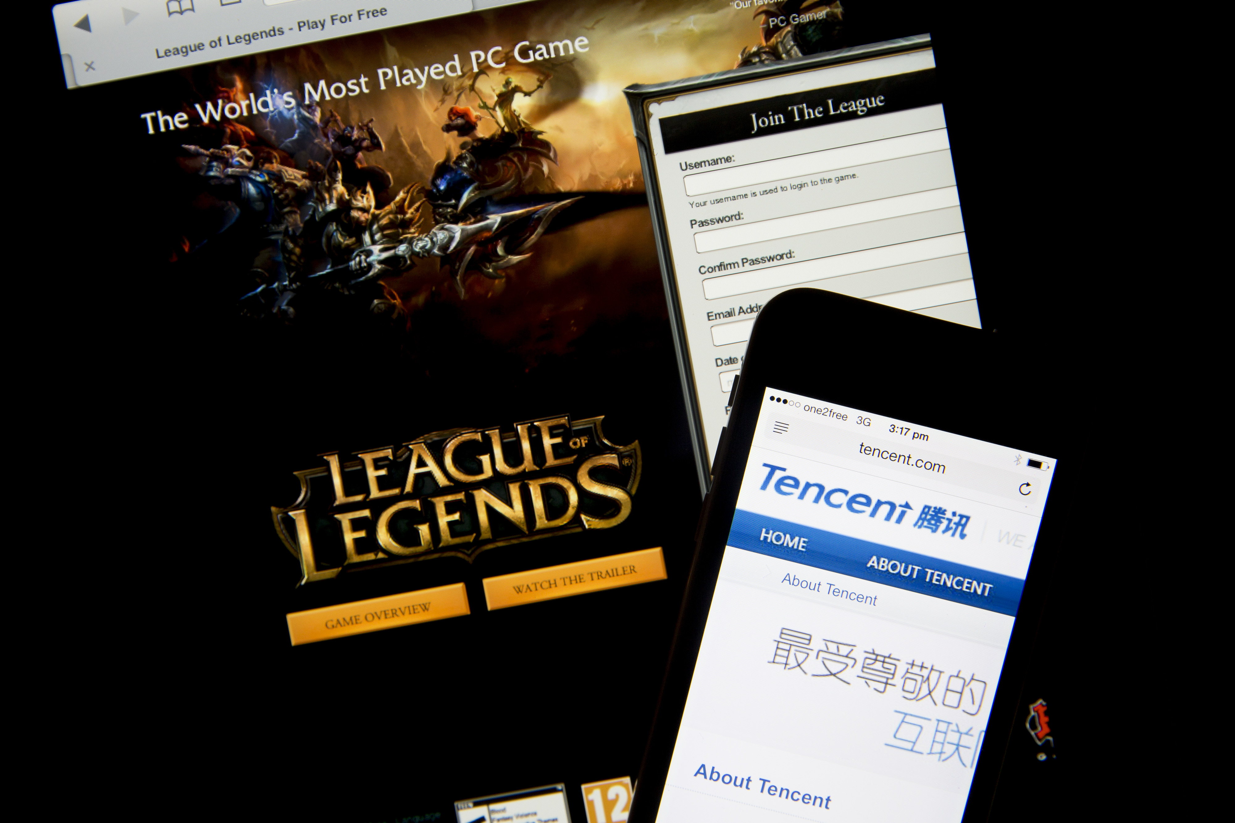 The Billion-Dollar Race to Become China's Amazon Twitch